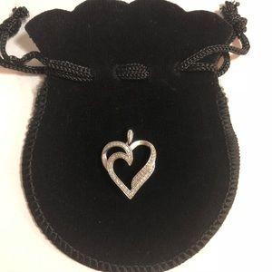 🍃🌸10k Heart Pendant